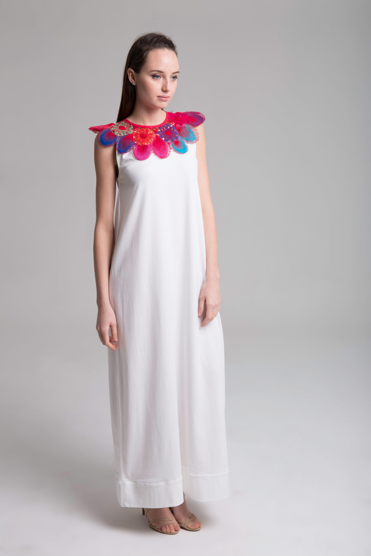Long Dress with Round Neck Mammisi